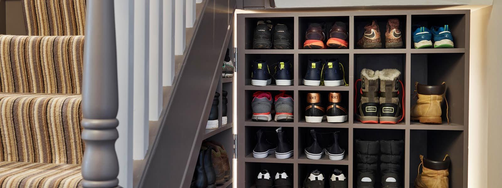 Wygodna szafka na buty do małego mieszkania