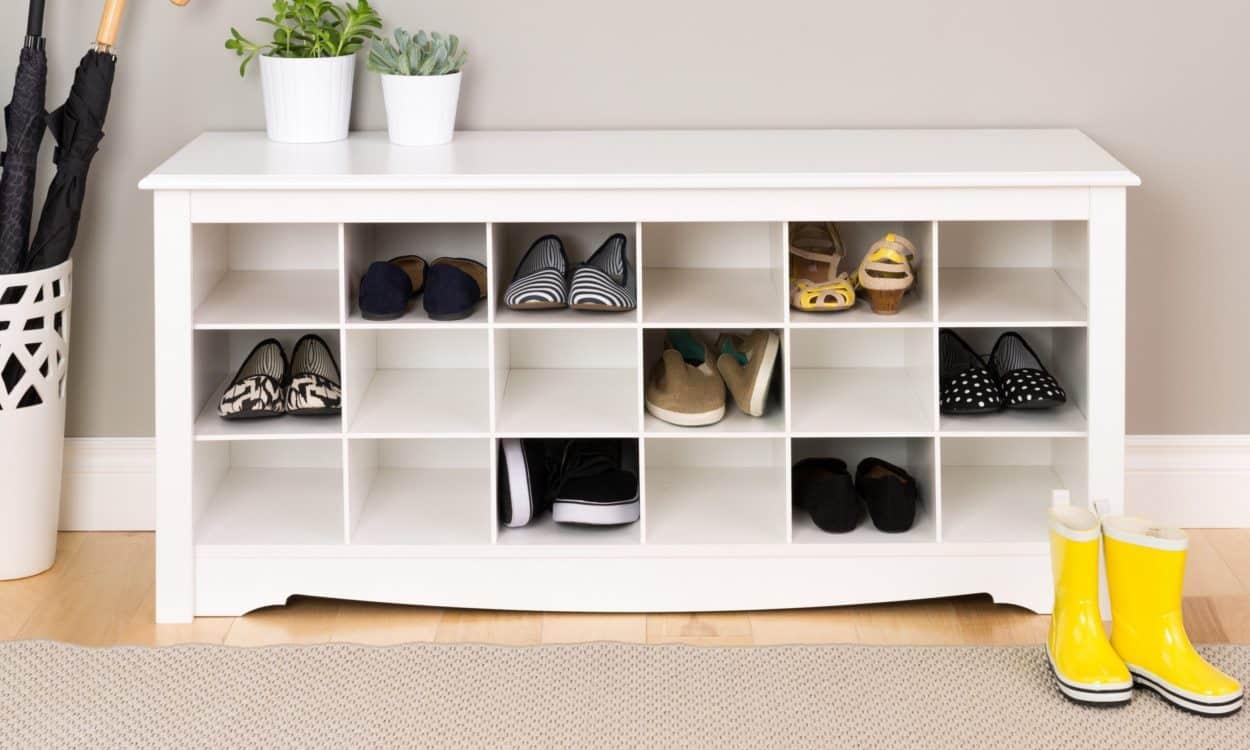 Szafka na buty a styl mieszkania